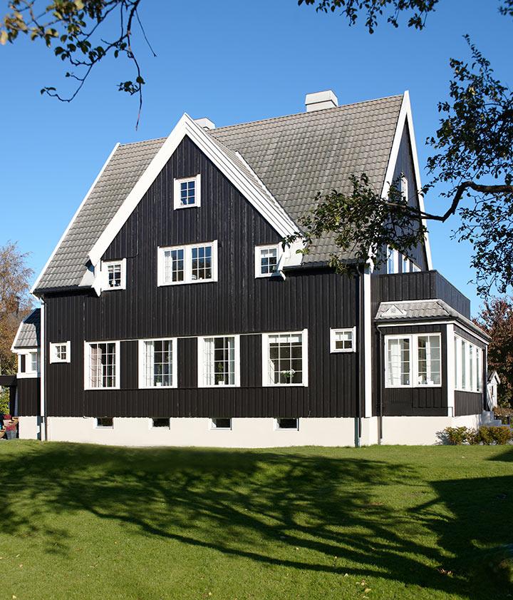 Mørk eller lys farge på huset?