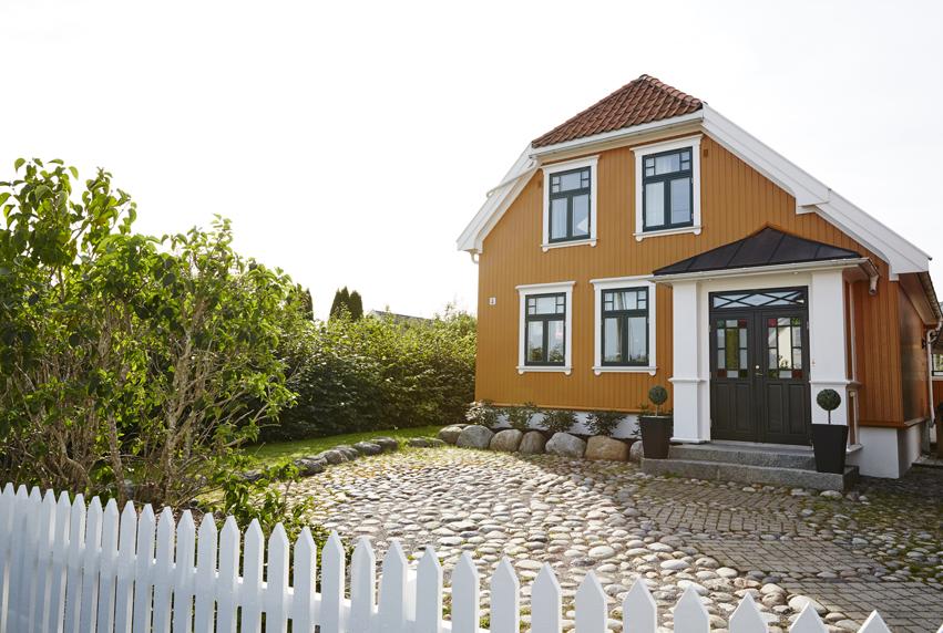 Jotun gul fasade