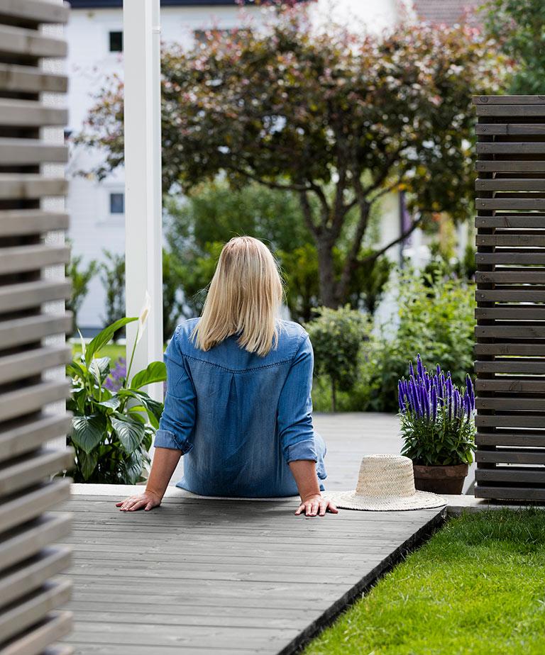 Hvor snart kan en ny terrasse beises?