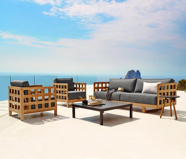 Jotun terrassetrender 2018. Lounge-settet Square lounge fra Cane-line.