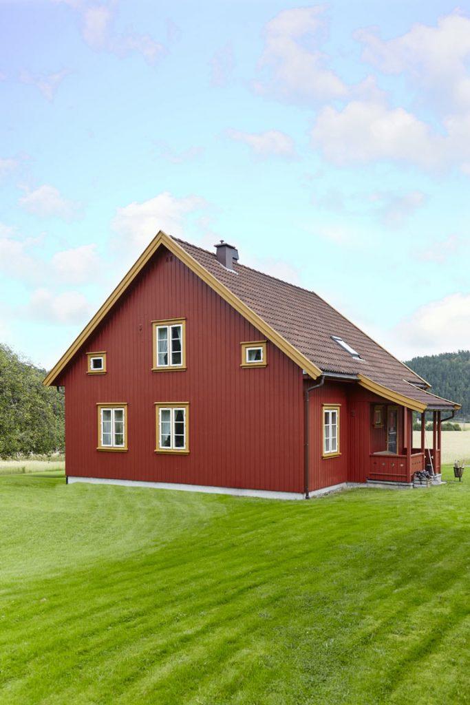 Varme og historiske farger til røde hus